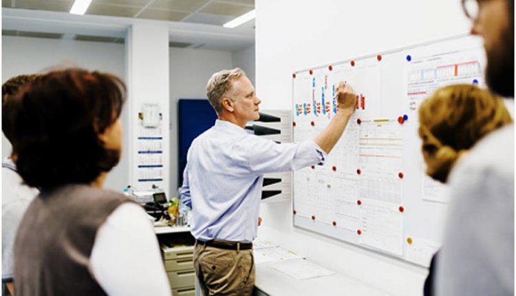 10 مهارت ضروری برای تبدیل شدن به یک مدیر و سرپرست تیم موفق
