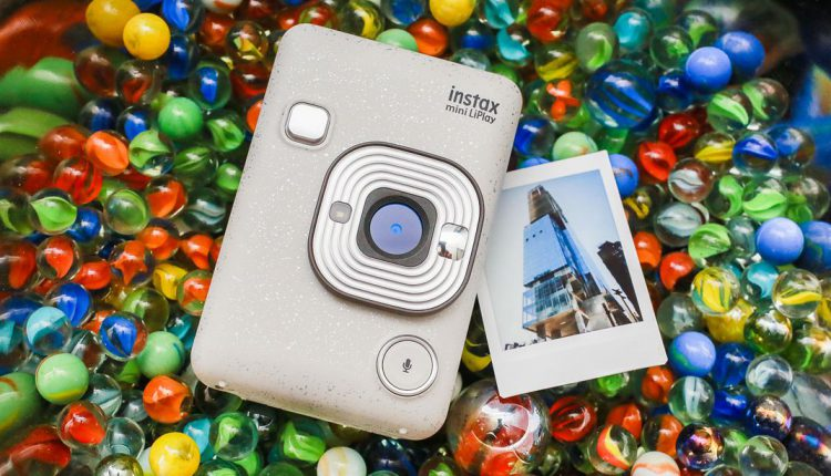 دوربین Fujifilm Instax Mini LiPlay