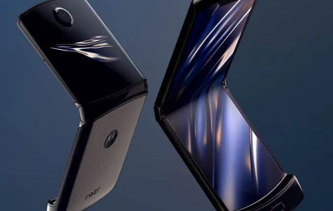 گوشی انعطاف پذیر موتورولا Moto razr