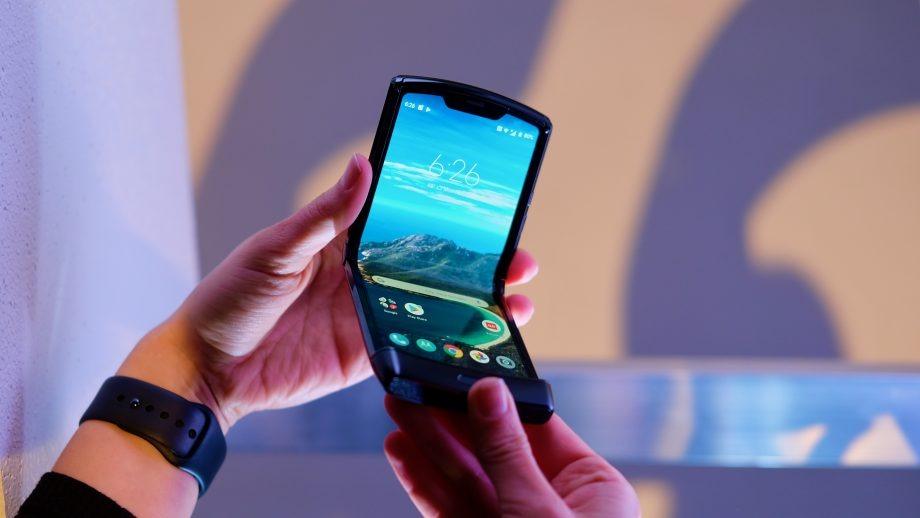 گوشی Motorola Razr 2019