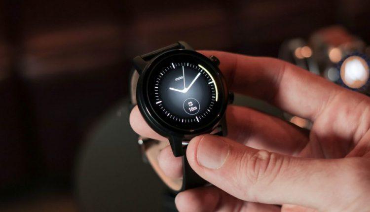 بررسی مشخصات فنی ساعت Moto 360 2019
