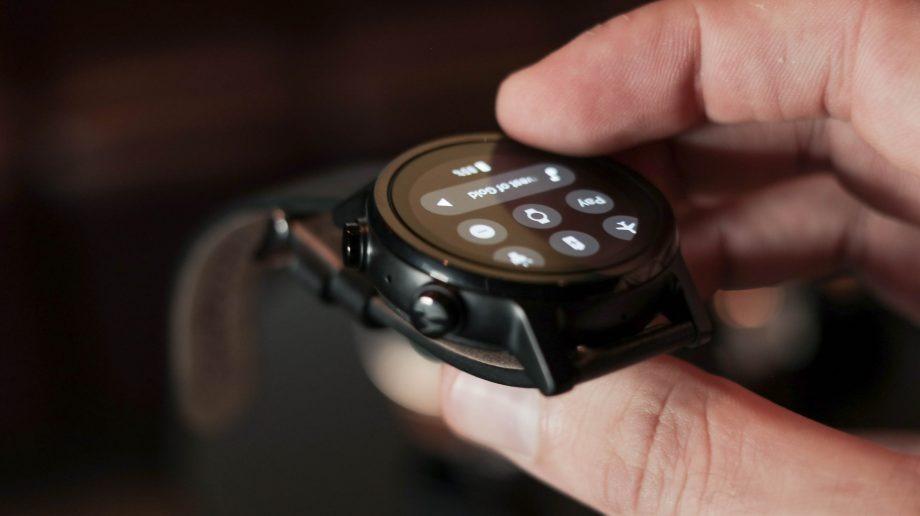مشخصات فنی ساعت Moto 360 2019