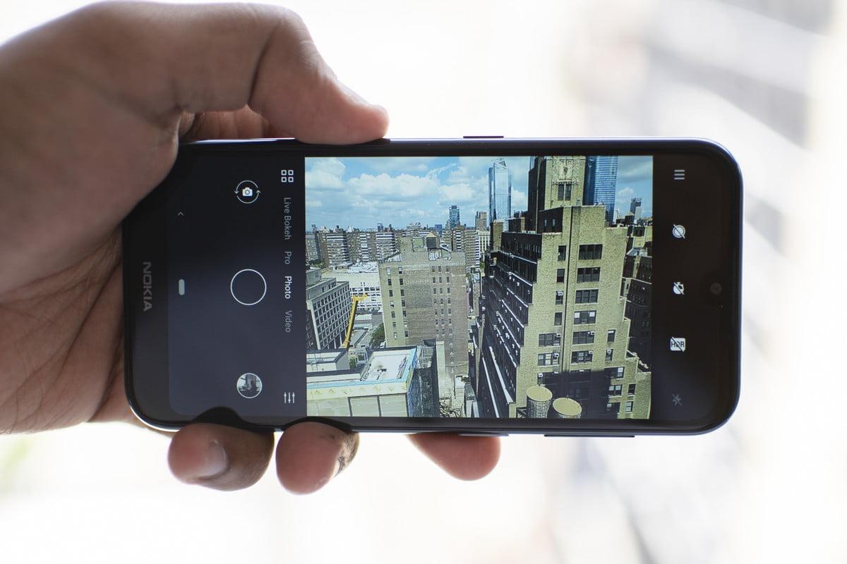 نمایشگر معمولی گوشی Nokia 4.2