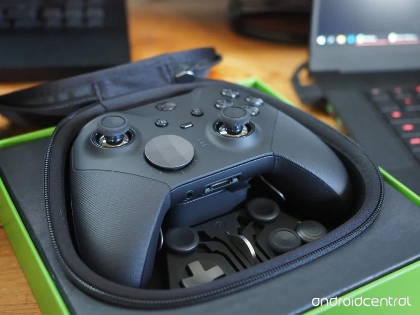 بهترین دسته بازیکنان حرفه ای : Xbox Elite Controller Series 2